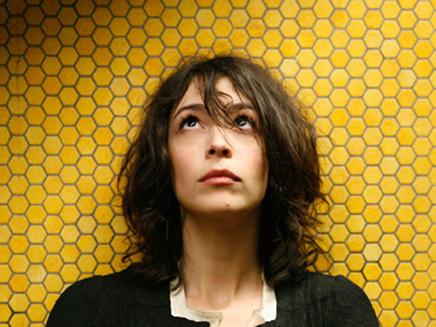 Adrienne Pauly - Quai Baco
