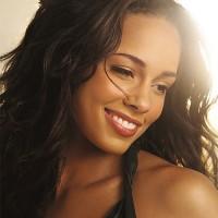 Alicia Keys - Quai Baco