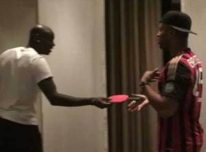 Rohff : le clash se transforme en partie de ping-pong avec Balotelli