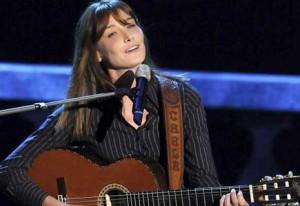 Carla Bruni annule l'un de ses concerts au Québec