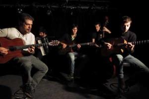 Les Doigts de l'Homme – « Get a Grip » en session acoustique
