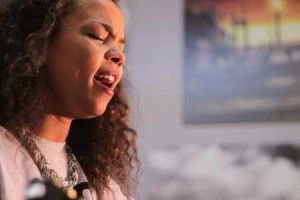 Noraa – « Games » en session acoustique