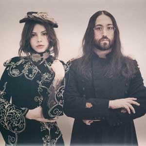 Sean Lennon et Charlotte Kemp Muhl : « Moth To A Flam », nouveau single de The GOASTT