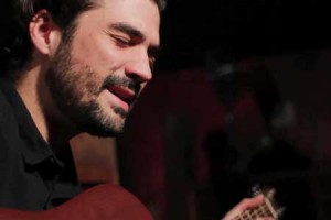 Florent Mothe – « Arrête » en session acoustique