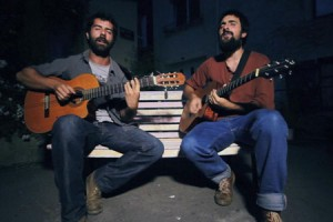 Angry Beards Duo – « Push Pull » en session acoustique