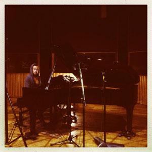 Julien Doré : une réédition de son album « LØVE » prévue pour la fin d'année