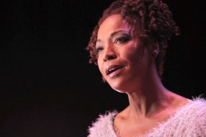 Lisa Simone – « Finally Free » en session acoustique