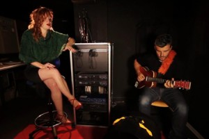 Emji – « Lost » en session acoustique